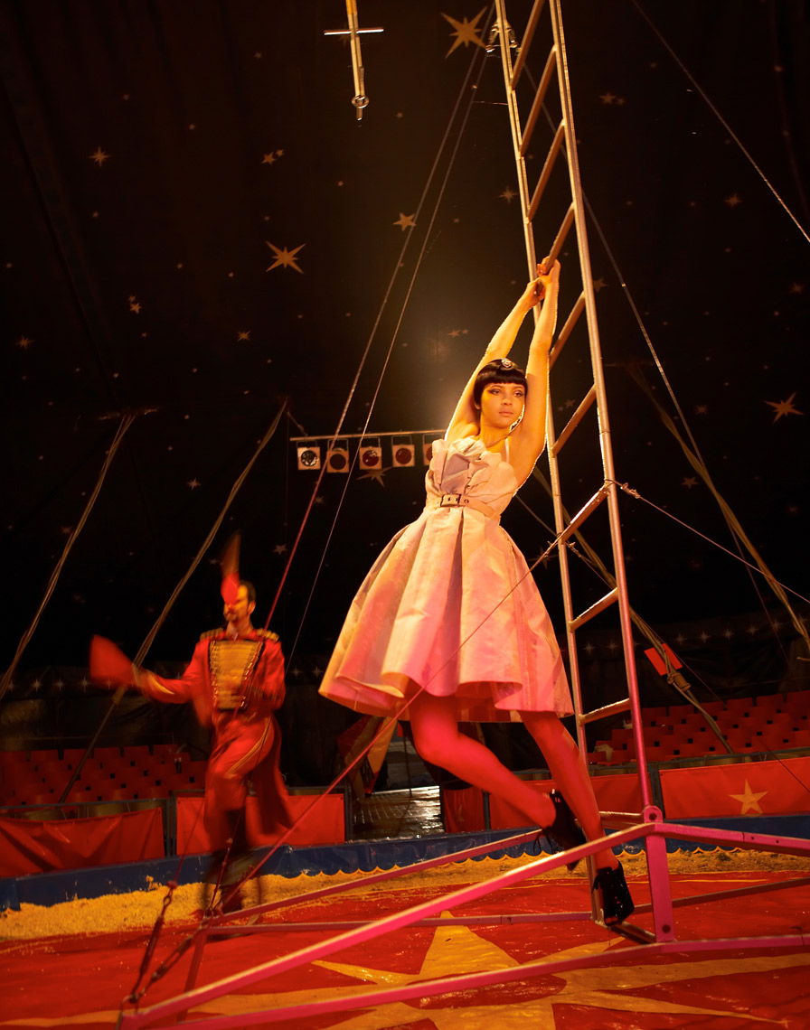KMR_Marie-Claire-UK_Circus_508_HR-4