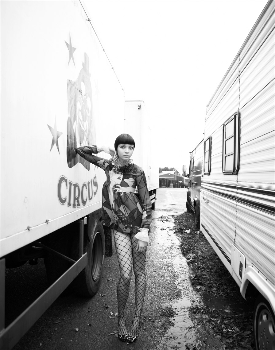 KMR_Marie-Claire-UK_Circus_508_HR-8
