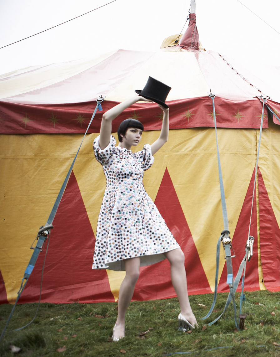 KMR_Marie-Claire-UK_Circus_508_HR